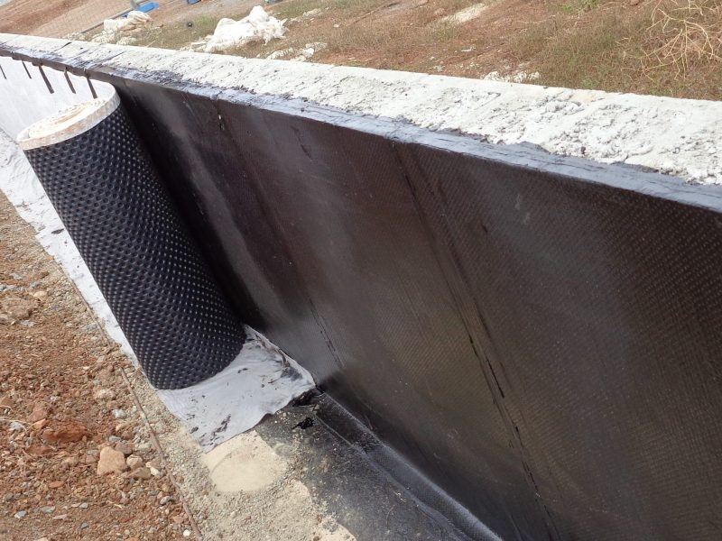 Torch On Retaining Walls Fitting Drainage Cell